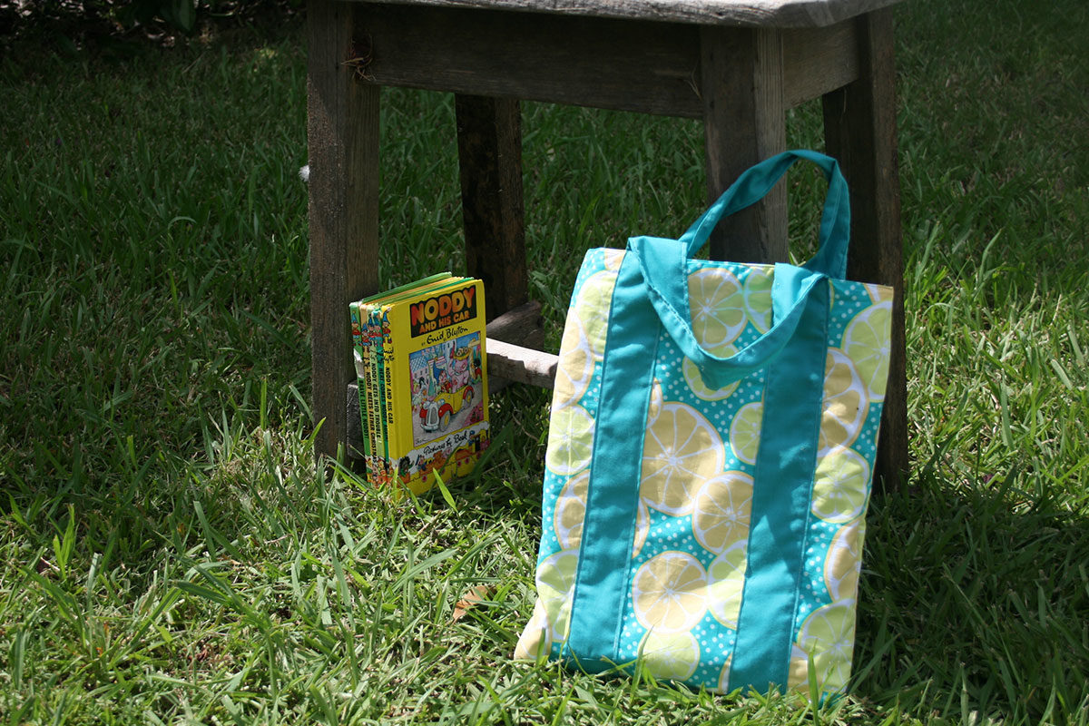 Sew As You Grow - Bookish Bag